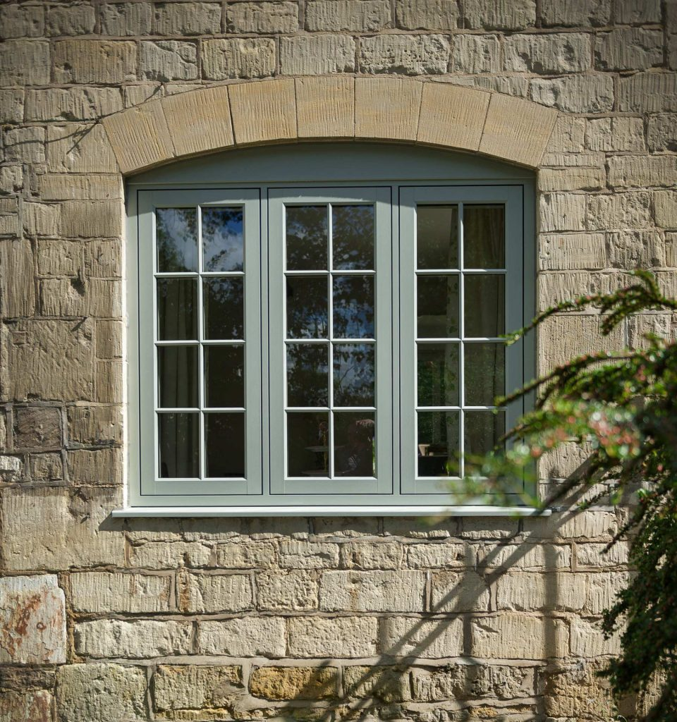 Flush sash window in green