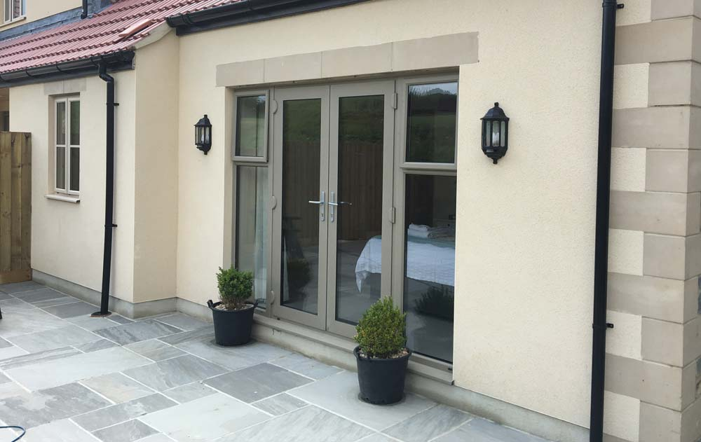 Chartwell green aluminium double doors