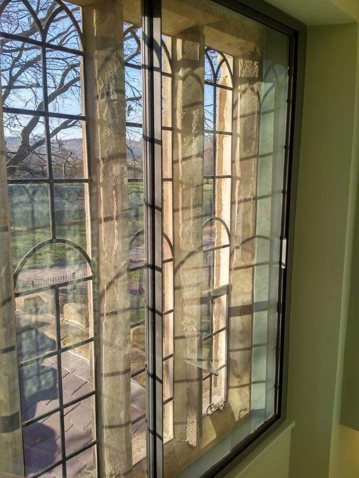 Aluminium secondary glazing unit